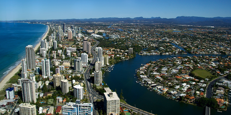 What does it take to migrate to Queensland and what are the steps?
